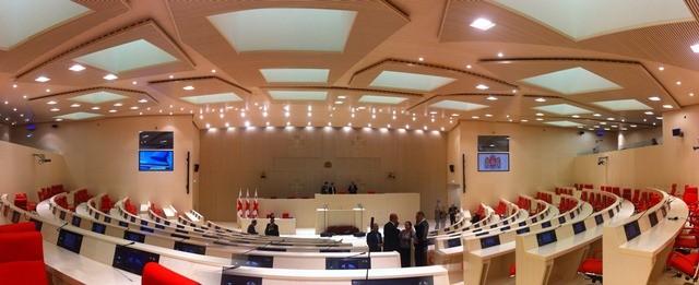 Los ingenieros valencianos Alberto Domingo y Carlos Lázaro diseñan el nuevo parlamento de Georgia