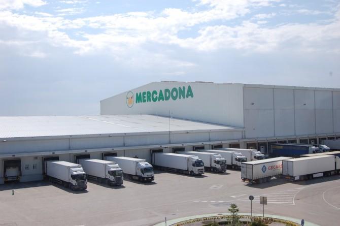 Visita a la planta logística de Mercadona