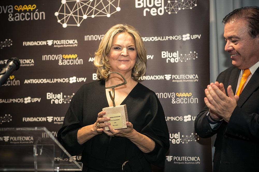 blue-red-Premio-Excelencia-Pilar-Mateo
