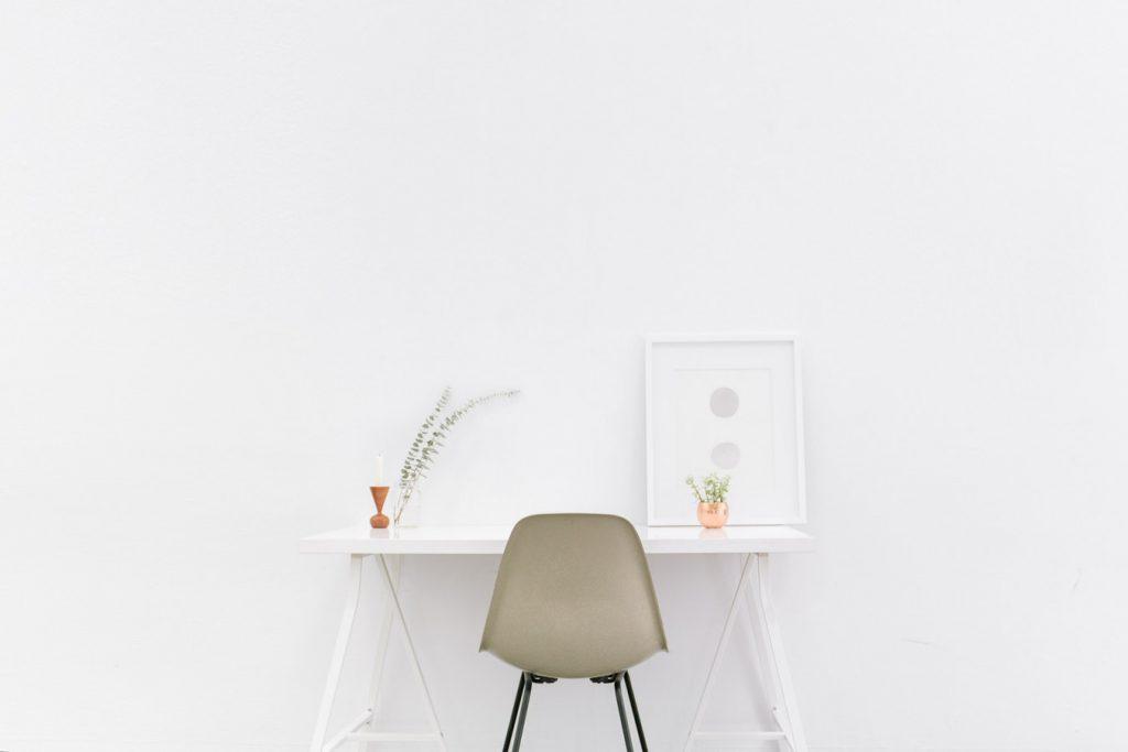 bluered-minimalismo-organizacional