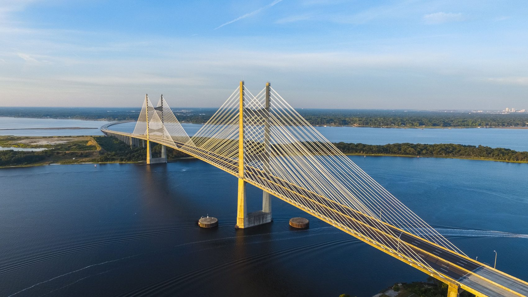 Perfiles puente que median entre perfiles innovadores y adaptadores