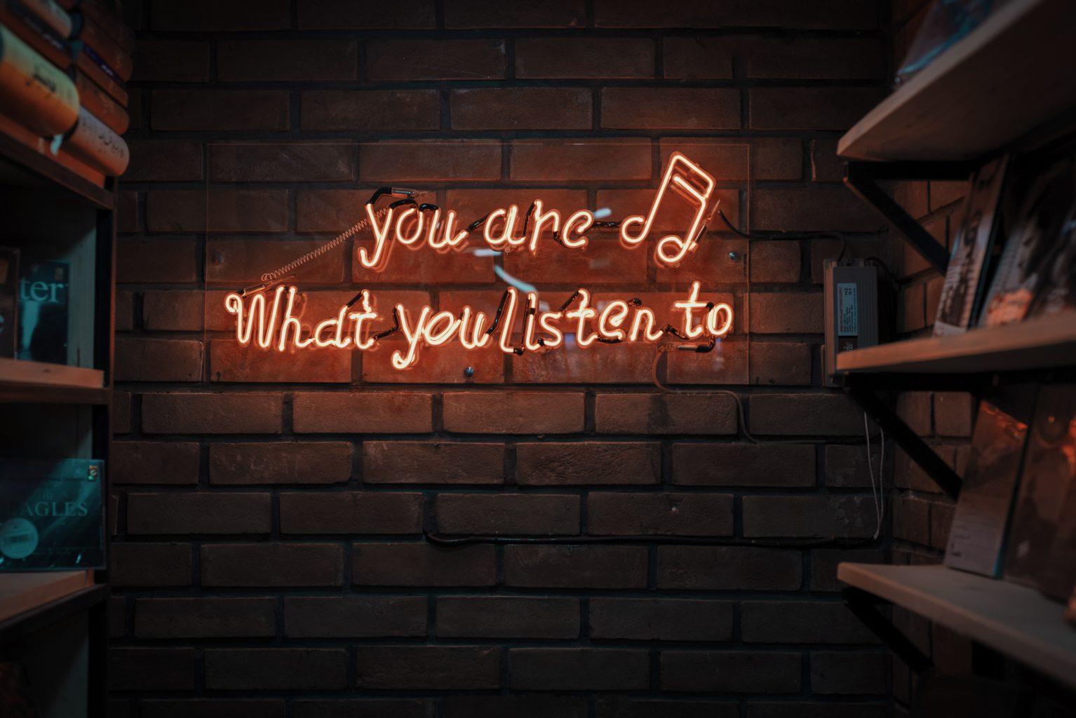 blue-red-podcast-oye-lo-que-quieras